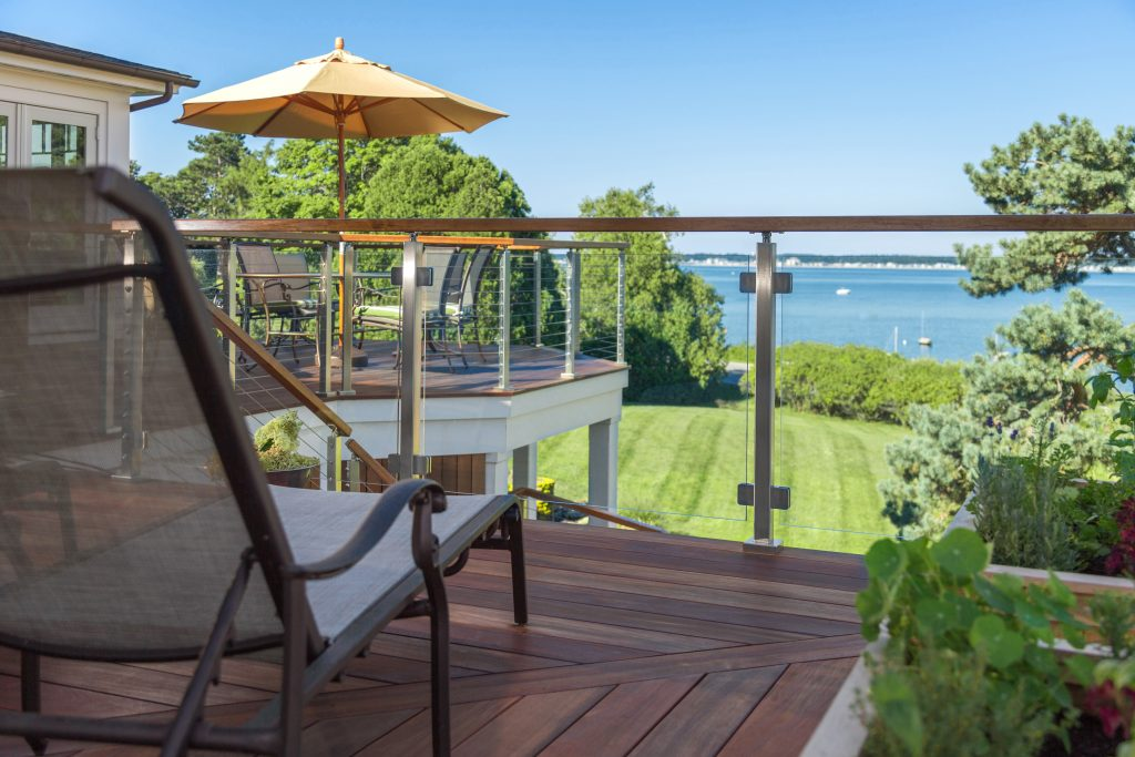 Glass railing deck with a lakeview