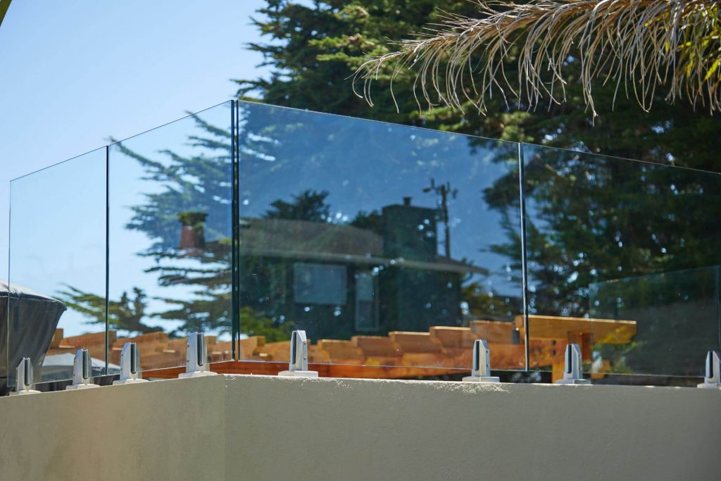 Clear Glass Panels with Talon Spigots