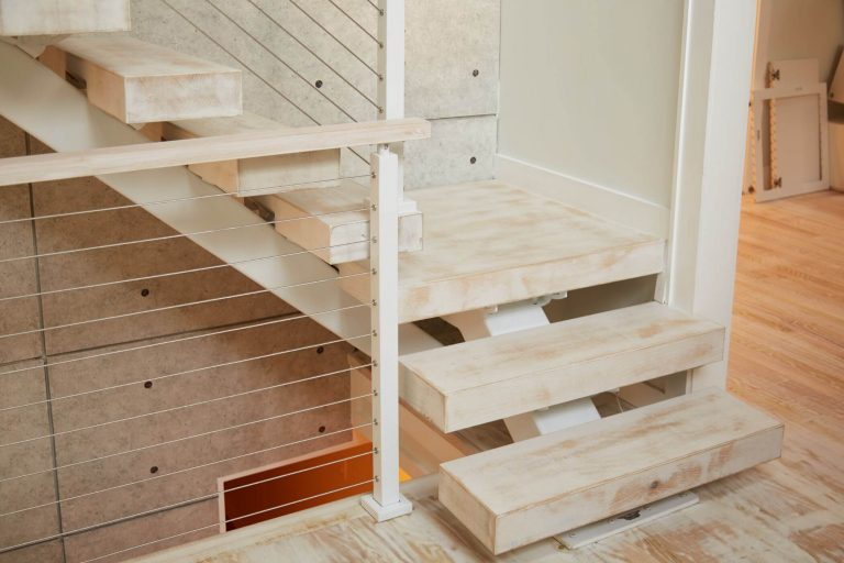 Floating Stairs with Small MonoStringer