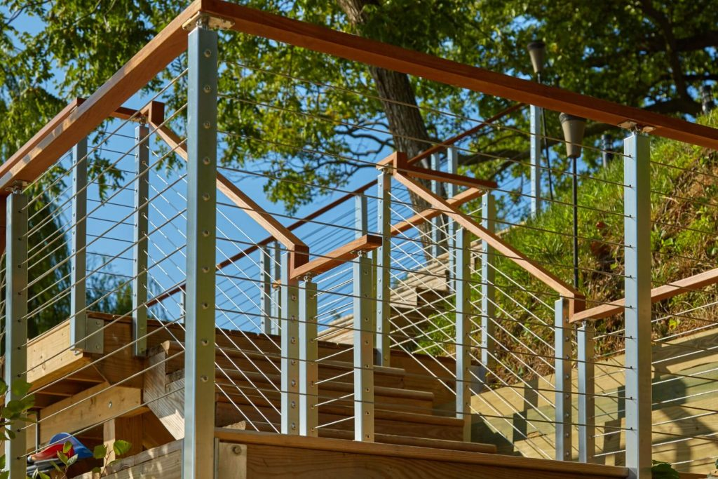 Rod Railing with Wooden Handrail