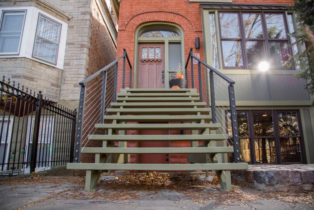 Cable Railing for Urban Dwelling